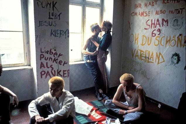 Punks en casa ocupada